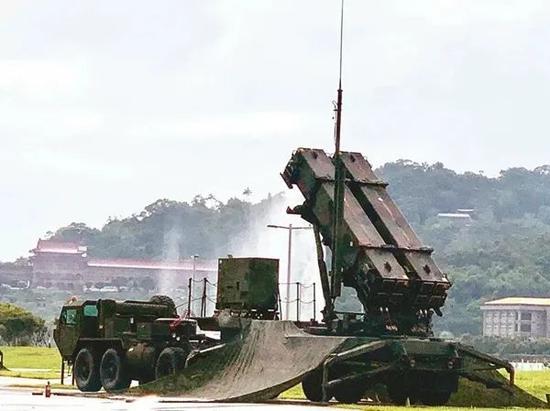 """△""""爱国者3型""""导弹"""