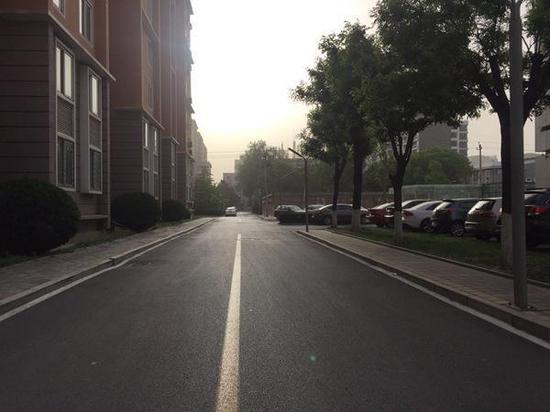今天北京有阵雨 小长假返程需带雨具快乐大本营小葡萄