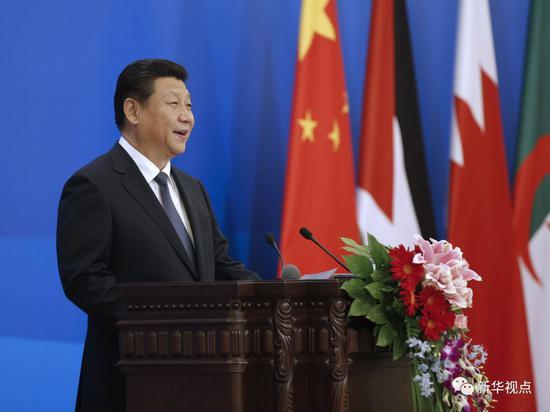 2014年6月5日,中阿合作论坛第六届部长级会议在北京人民大会堂开幕。国家主席习近平出席开幕式并发表题为《弘扬丝路精神,深化中阿合作》的讲话。新华社记者鞠鹏摄