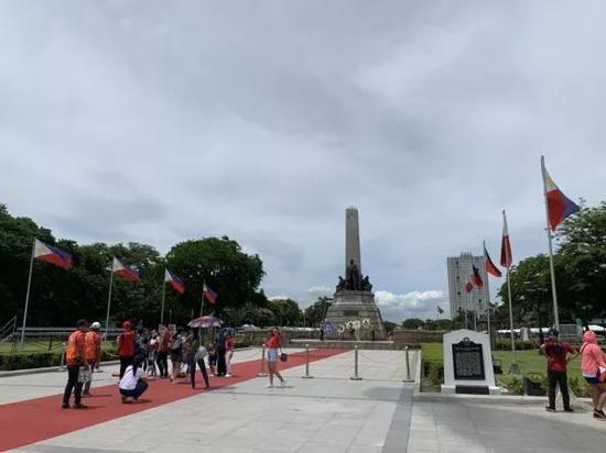 ▲2019年6月9日拍摄的黎刹广场(新华社记者 杨柯/摄)