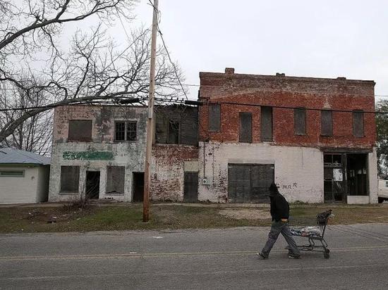△减州斯托克顿市,每4.5人中便有一个贫苦者(图/Getty Images)