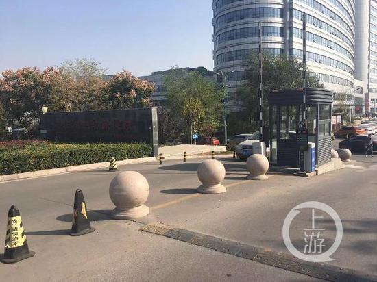 聚龙社备用网址 加长344米 王府井步行街释放消费潜力