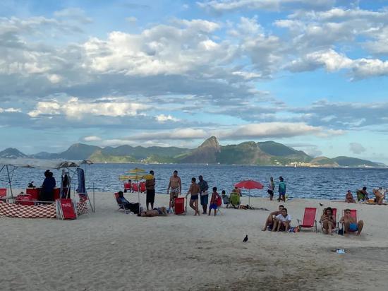 3月14日,里约热内卢海滩 。赵焱摄