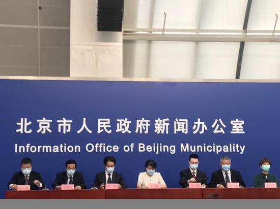 昨天北京有13例新确诊病例。 最完整的病例信息在这里|北京|新冠状肺炎