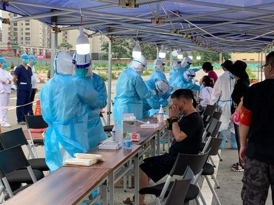 蓝冠:驰援丰台怀蓝冠柔医疗队101名医务人员紧急图片