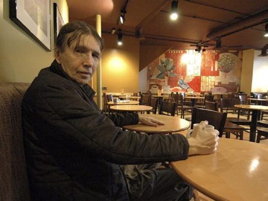 《毕业生》小说原作者因血液病去世,享年81岁