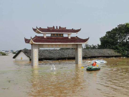 「杏悦」村子杏悦都被秒了鄱阳湖抗洪形势有多图片