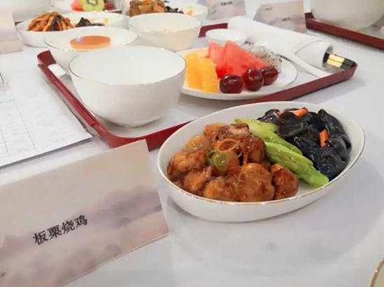 深圳航空公事舱热食