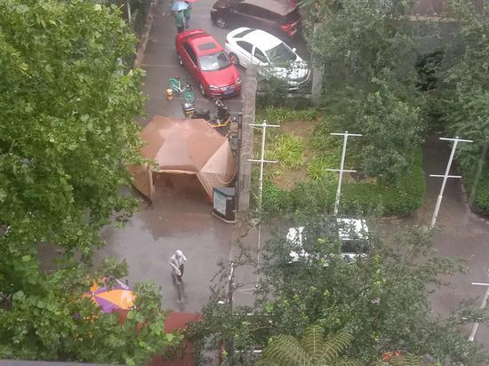 雨来了!北京多地已经风雨交加