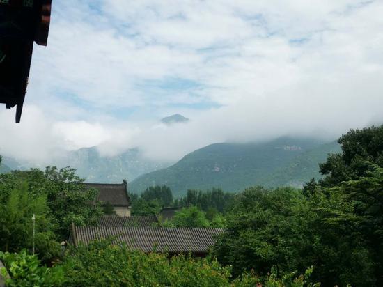 大雨过后 北京千年古刹云居寺今现绝美云海