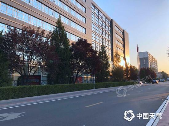 华美app下载:北京今日阳光继续打卡图片