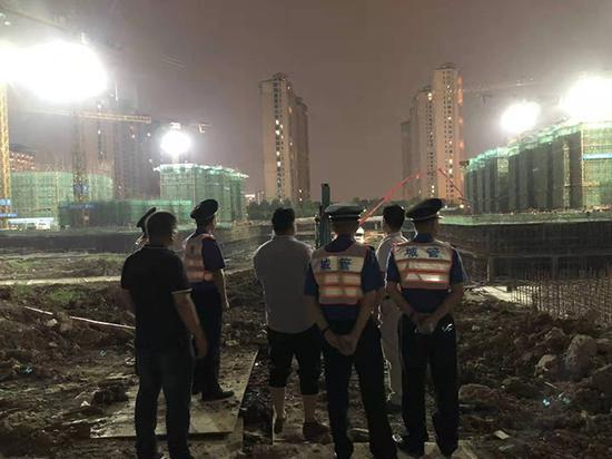 上海集中整治建筑垃圾非法处置 27人已被采取刑事强制措施图片