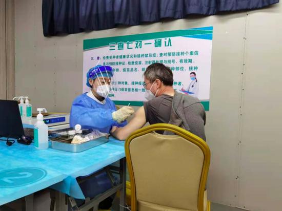 17日起北京通州区新冠疫苗日接种能力达2万人次 5月中旬完成全区接种图片