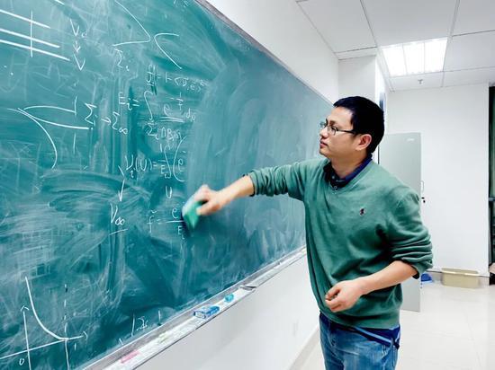 中国数学迎来黄金一代 十年时间能与美国并驾齐驱?图片