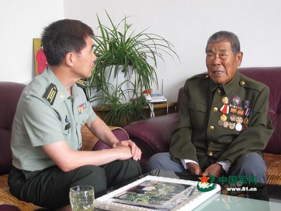 2015年6月,张计发接受记者采访。