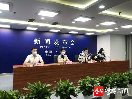 南京首轮全员核酸检测发现57例阳性图片