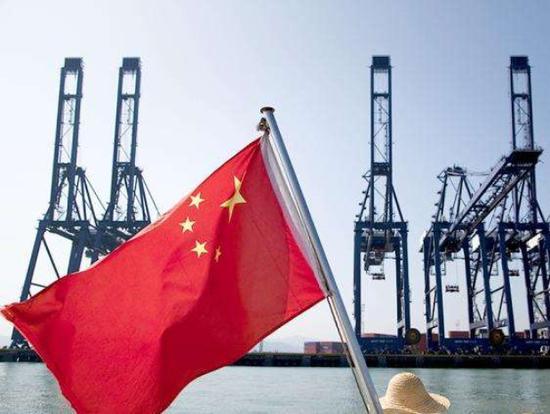 经济总量明年_2015中国年经济总量(3)