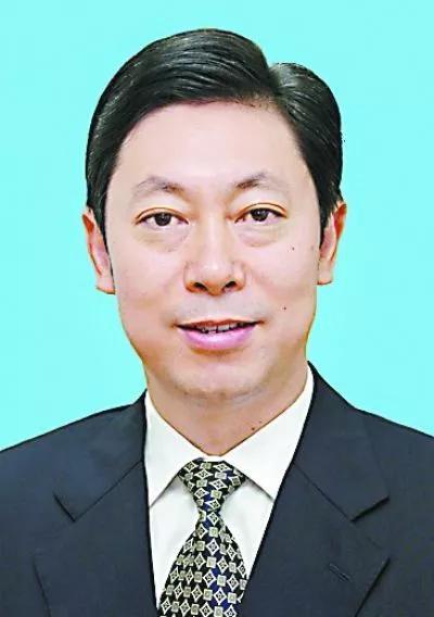 国安部长陈文清任中央国安办常务副主任(图/简历)宁波大学白鹭林