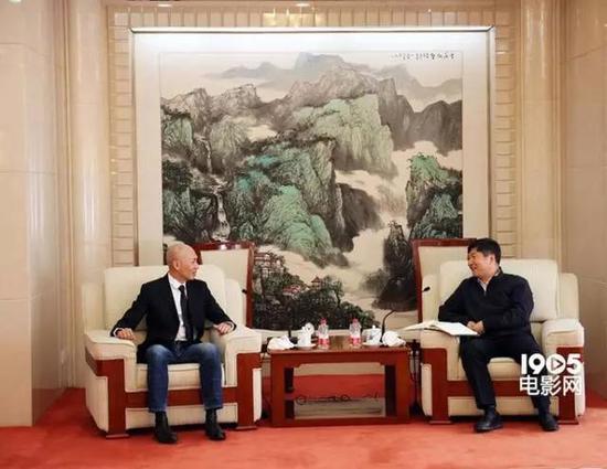 刘小明(右)与林超贤