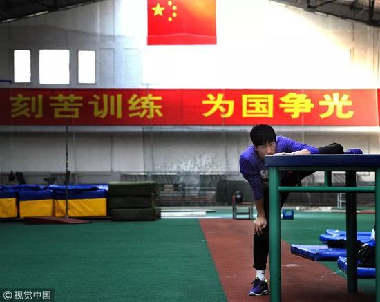 ▵2011年3月9日,北京,劉翔在參加兩會期間堅持訓練備戰即將到來的田徑室外賽季。
