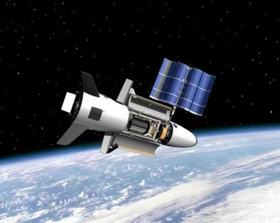 ▲资料图片:美军X-37B空天飞机在轨运行想象图