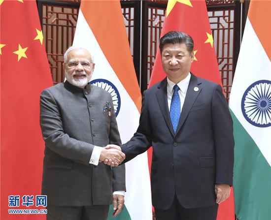 中印领导人非正式会晤 引领两国关系达到新高度图片