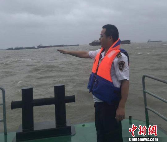 江苏全省防台风应急响应升至Ⅱ级