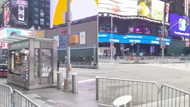 纽约时代广场最冷清的跨年夜
