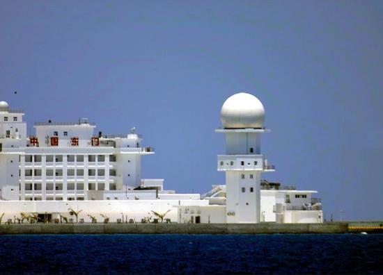越记者拍摄我南沙东门礁给日媒