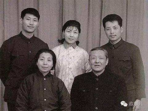 齐心带着女儿齐桥桥和习安安于年底也从西安到北京安家,一家人说是
