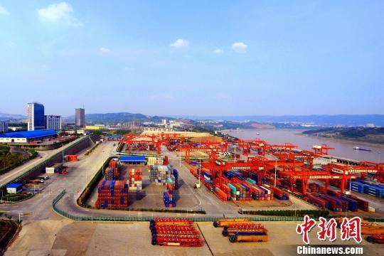 国家西部直辖市重庆买通枢纽与西欧澳亚相连