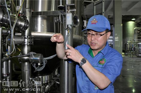"""大国工匠李新海:百年青岛啤酒的""""创新王"""""""