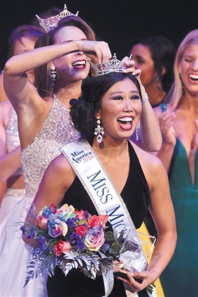 华裔女孩当选美国密歇根州小姐 钢琴演奏受好评