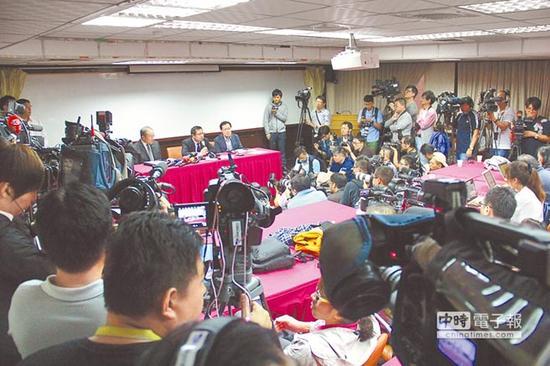 台媒:蔡当局错估两岸害惨观光业 65岁兴航停损解散