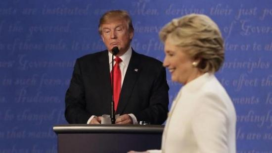 希拉里领先特朗普200余万票 美重新点票呼声起