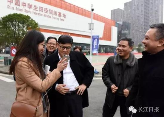 李晓红履新教育部后回武汉:还是