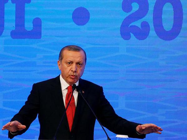欧洲议会阻挠土耳其入欧 土方:放5万难民试试?