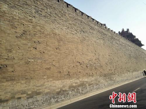 故宫城墙。上官云 摄