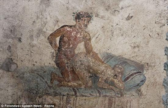 庞贝千年妓院被发现 壁画姿势齐全尺度惊人(图)