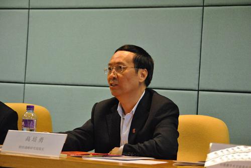 2011年高培勇出席座谈会