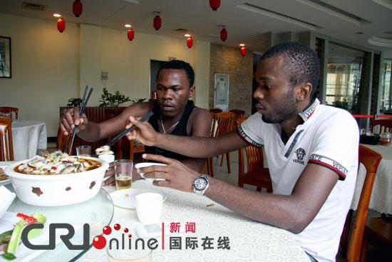 广东外语外贸大学的非洲留学生(国际在线)