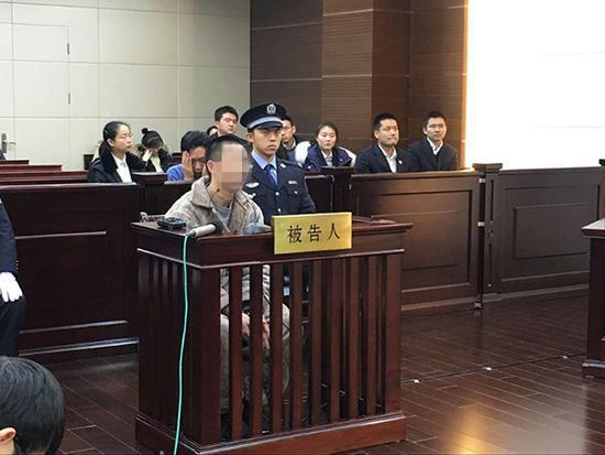 2017年2月8日,浦东机场爆炸案在上海市第三中级人民法院公开开庭审理。