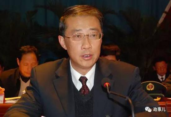 出生于1964年的王瑞连是山东人,但从参加工作到此次跨省调动,一直在西藏工作长达38年。