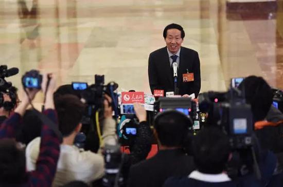 """写好让文物""""活起来""""的大文章。国家文物局局长刘玉珠认为要盘活文物资源,要在""""活""""字上下功夫。"""