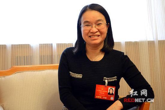 全国人大代表、农工党湖南省委专职副主委蒋秋桃提出,无人机无序使用产生各类安全隐患,亟需加强管理。