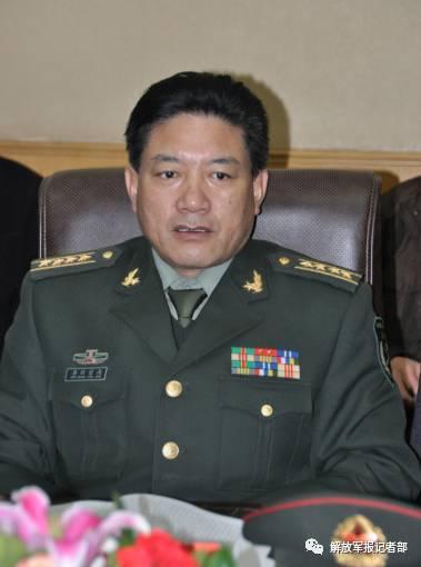 军队人大代表、青海省军区副司令员昂旺索南(资料图)