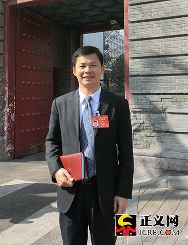 全国人大代表、珠海格力电器股份有限公司副总裁陈伟才。谢文英 摄