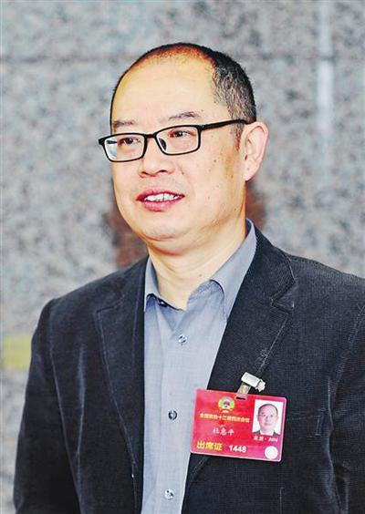 全国政协委员、重庆第二师范学院院长 杜惠平