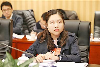 李欣蓉 全国人大代表、广西壮族自治区忻城县马泗乡马泗村党委委员