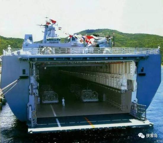 """071登陆舰,真正""""超能装""""……"""